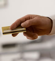 Credit card rates edge up for no-frills cards