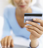 Credit card rates hold steady through financial turbulence